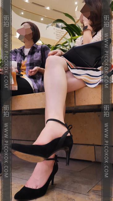 长腿妹子气质真好,这样的哪个男人不想要啊?3