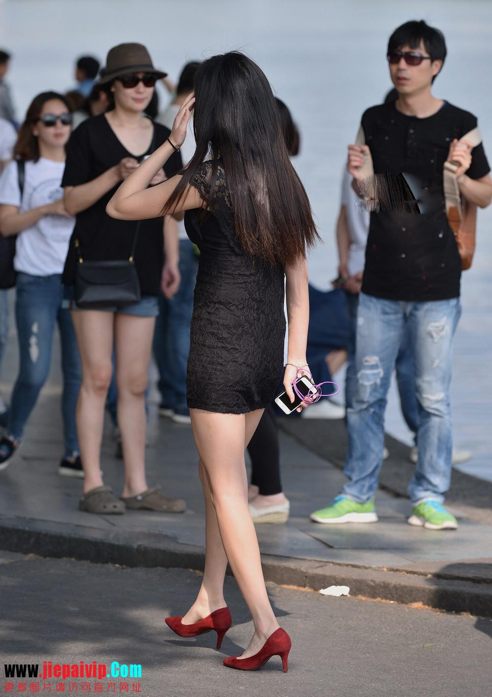 杭州街头街拍气质短裙美女2