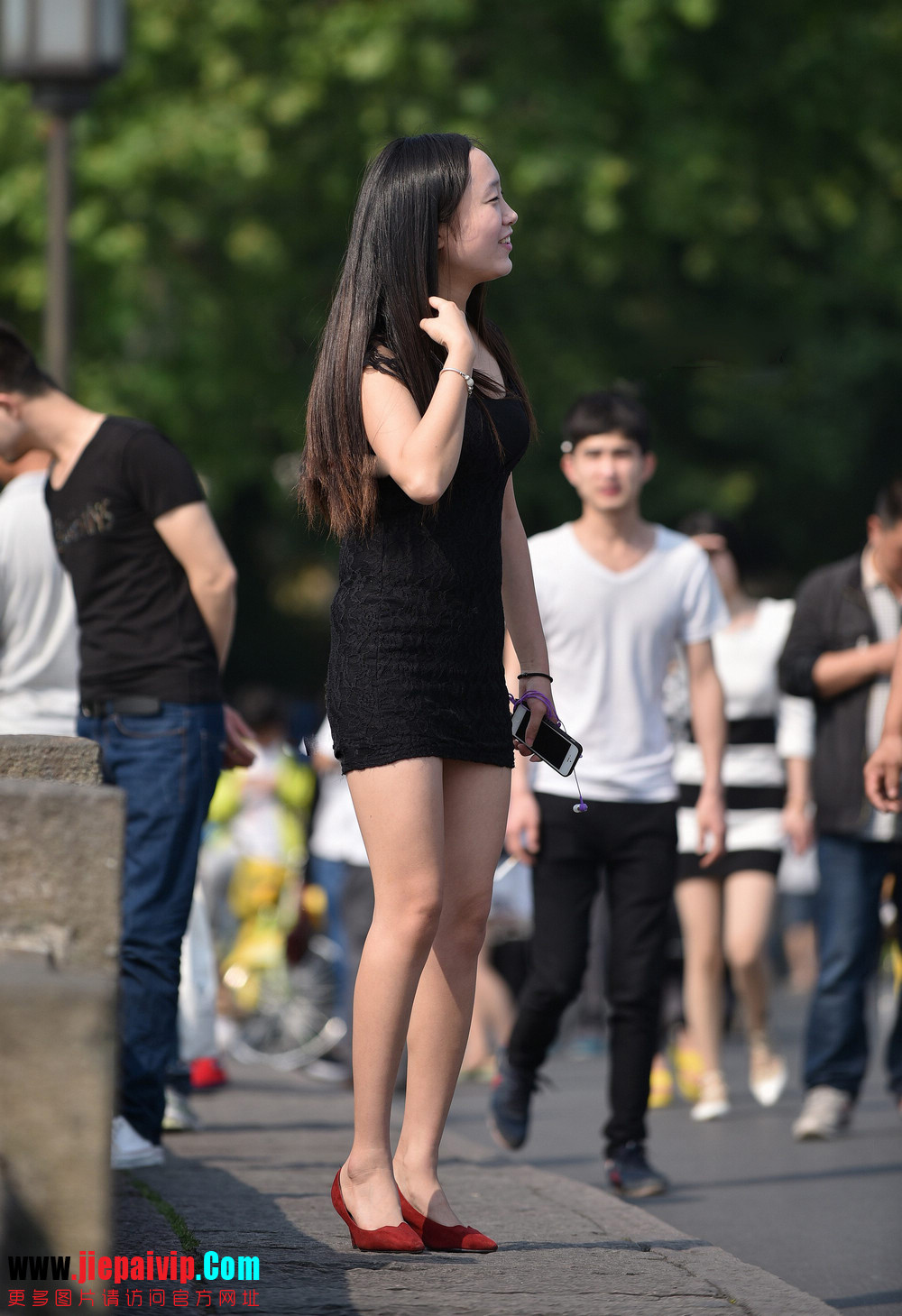 杭州街头街拍气质短裙美女8