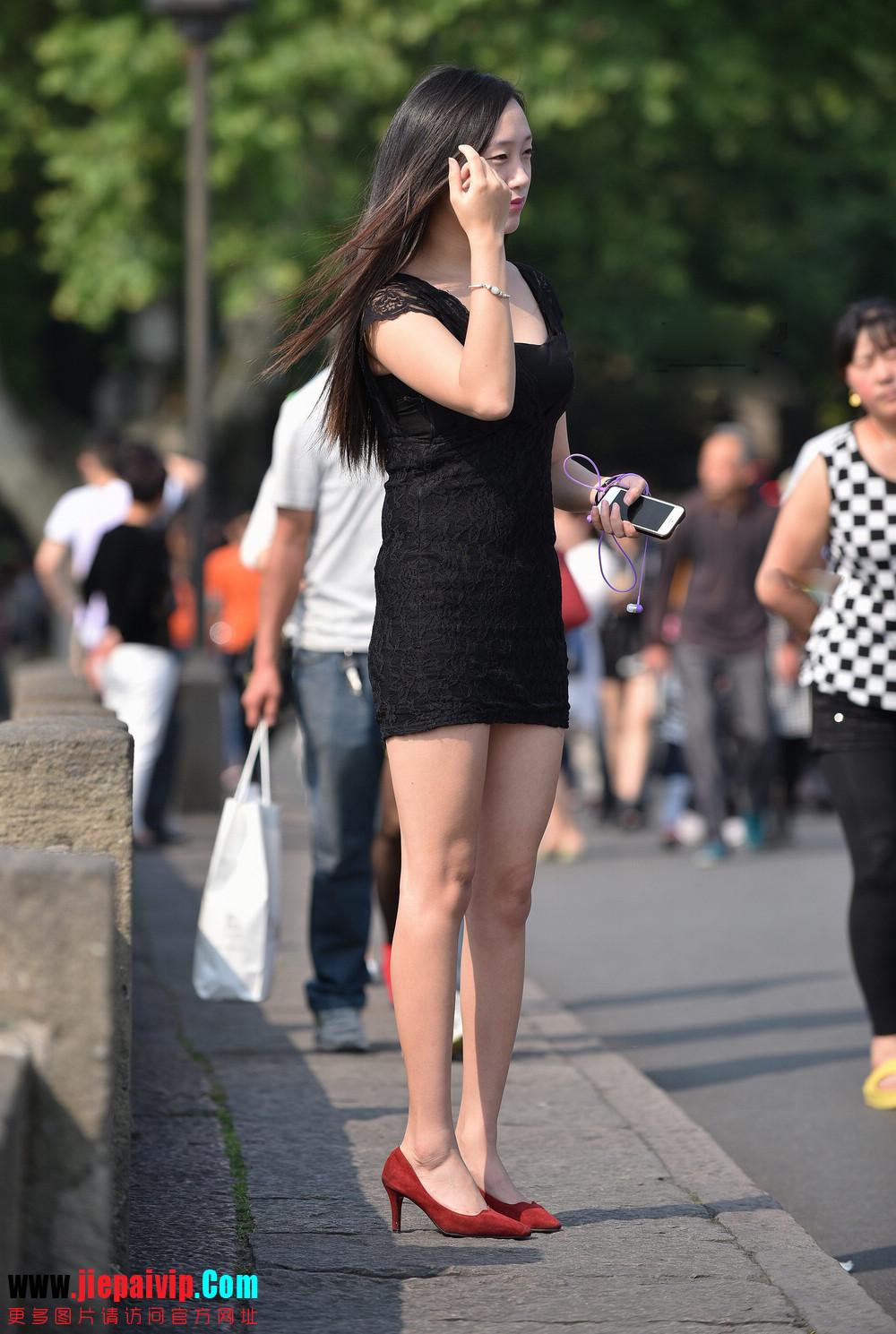 杭州街头街拍气质短裙美女9