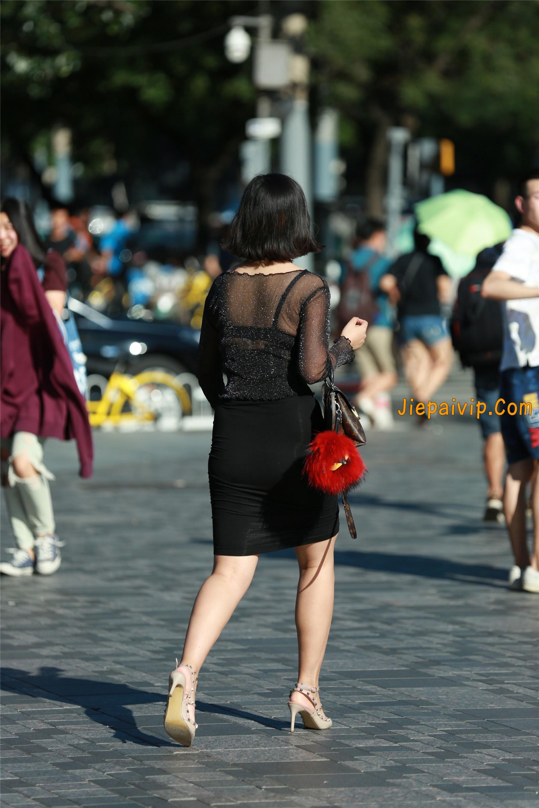 黑纱若隐若现,美腿包臀少妇18