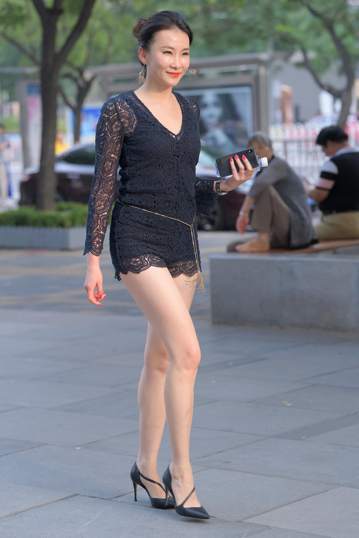 极品性感长腿少妇,实在太妩媚11