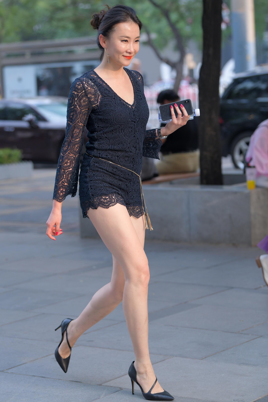 极品性感长腿少妇,实在太妩媚12