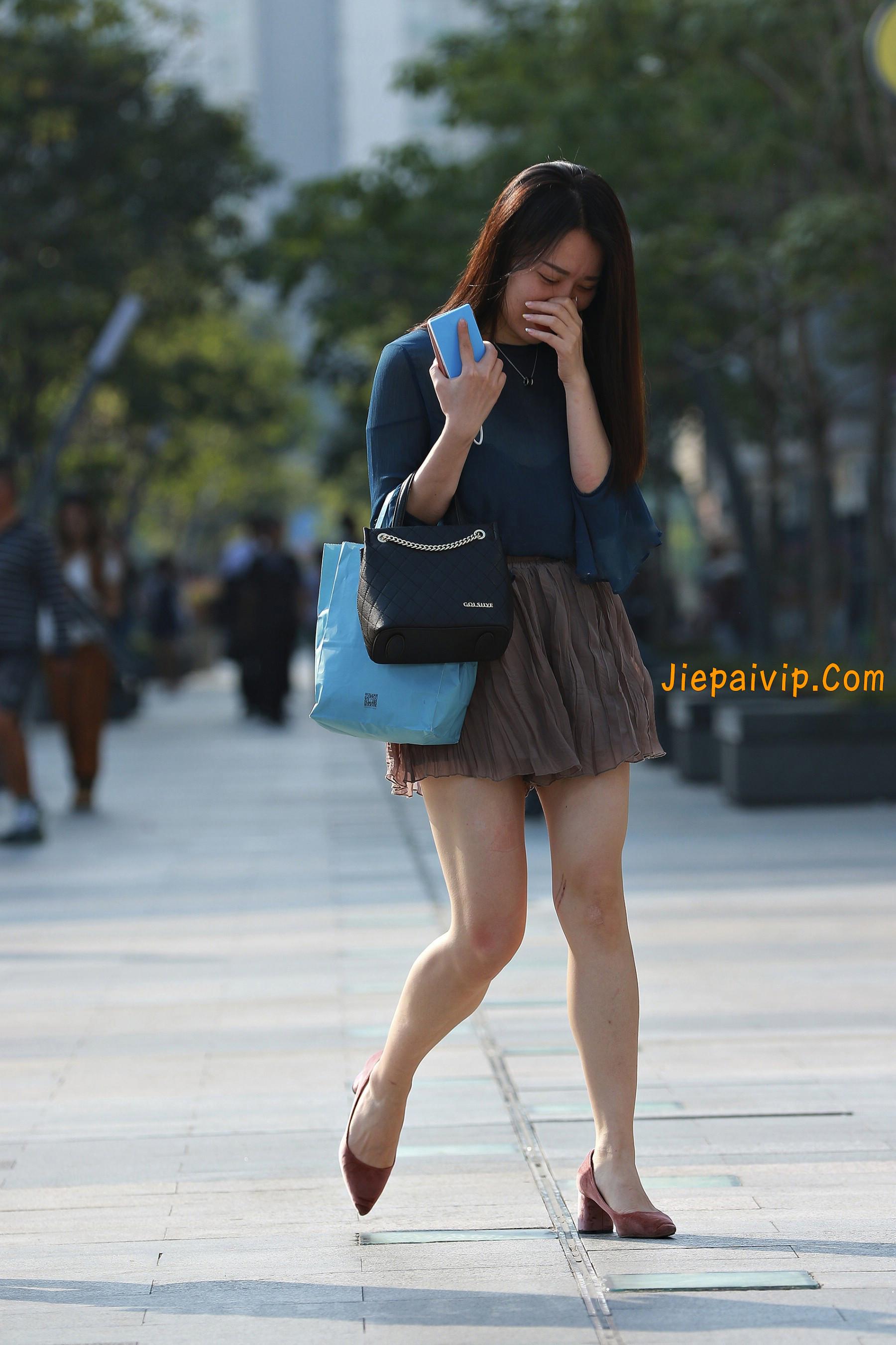 害羞 性感 白嫩美腿 淑女,膝盖怎么回事呢?3