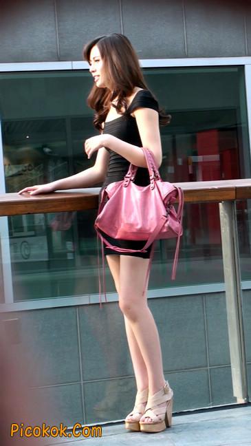 翘臀超短裙美女,没人能抵抗如此的美色27
