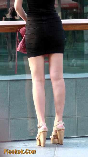 翘臀超短裙美女,没人能抵抗如此的美色36