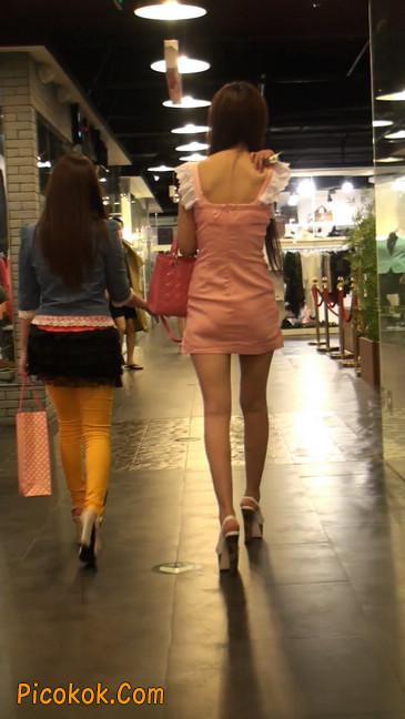 极品的大长腿美女又来了1