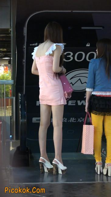 极品的大长腿美女又来了8
