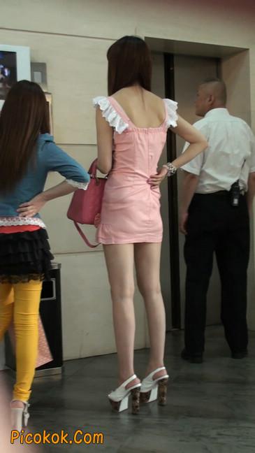 极品的大长腿美女又来了24