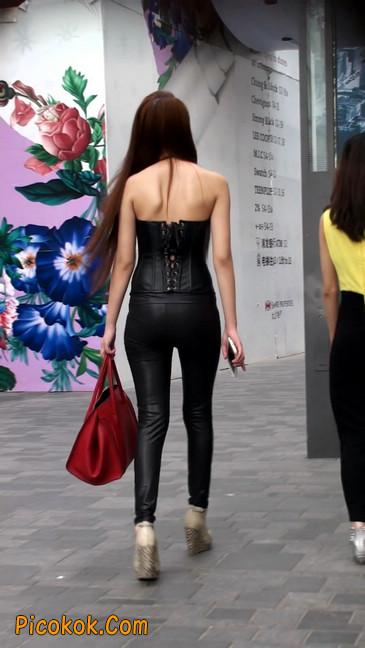 黑色紧身皮裤的美女,还是皮裤能衬托屁股啊33