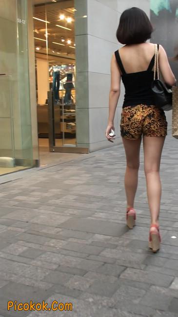 热裤纹身的大搔妇,少妇就是有味道8