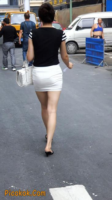 极品紧身短裙少妇,短裙又紧又短,实在按捺不住6