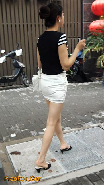 极品紧身短裙少妇,短裙又紧又短,实在按捺不住9
