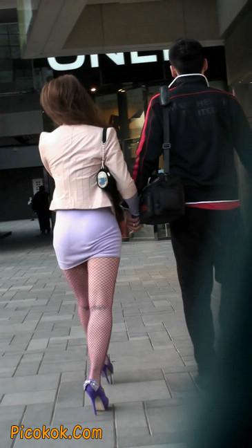 紫色网袜的高跟极品美女,三围很惹眼