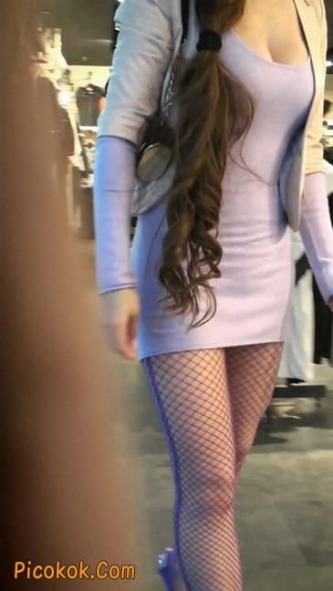 紫色网袜的高跟极品美女,三围很惹眼15