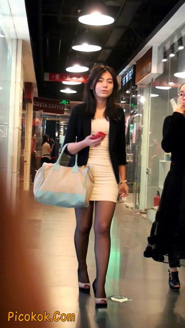 黑丝短裙紧身包臀的清纯美女,实际上并不清纯22