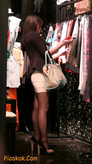 黑丝短裙紧身包臀的清纯美女,实际上并不清纯29