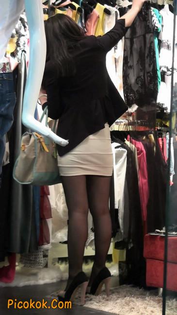 黑丝短裙紧身包臀的清纯美女,实际上并不清纯40