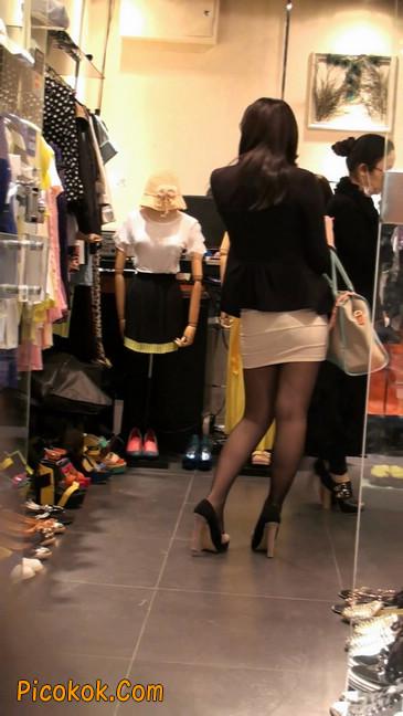 黑丝短裙紧身包臀的清纯美女,实际上并不清纯45