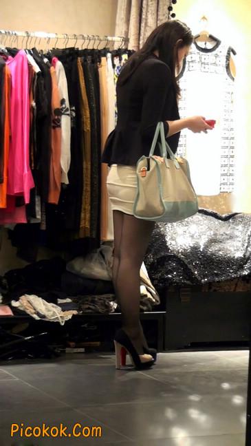 黑丝短裙紧身包臀的清纯美女,实际上并不清纯48
