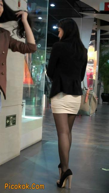 黑丝短裙紧身包臀的清纯美女,实际上并不清纯55