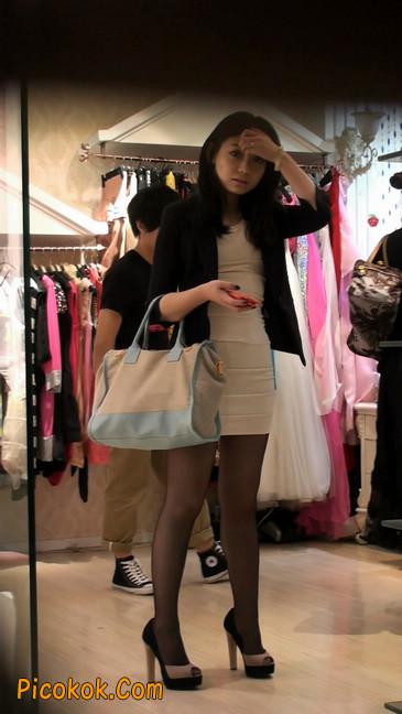 黑丝短裙紧身包臀的清纯美女,实际上并不清纯57