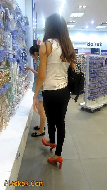 极品气质美女,紧身牛仔凸显身材17