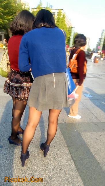 短裙黑丝少妇,身材好相貌赞29