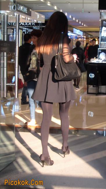 黑丝短裙少妇17