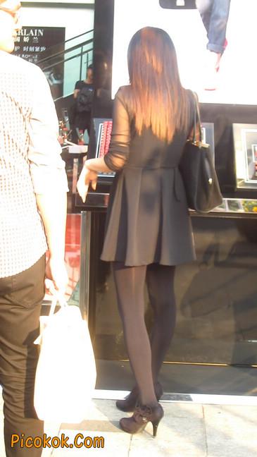 黑丝短裙少妇22