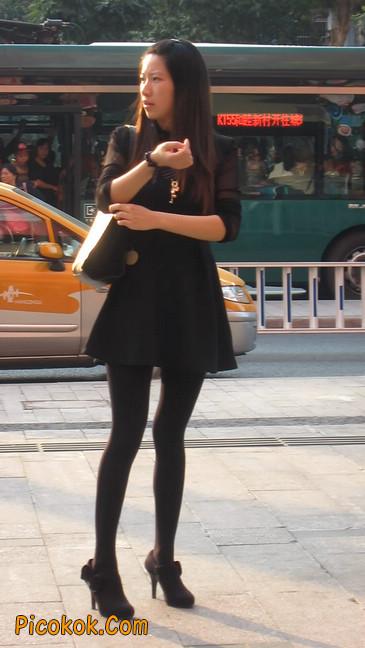 黑丝短裙少妇23