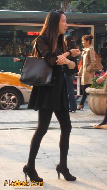 黑丝短裙少妇24