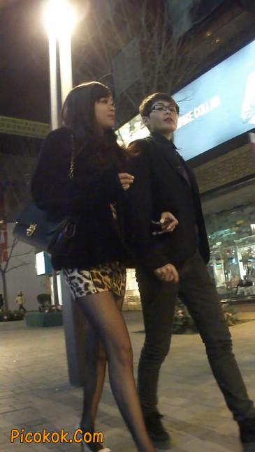豹纹短裙,高跟黑丝,极度诱惑8
