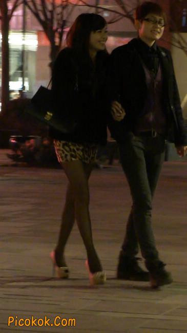 豹纹短裙,高跟黑丝,极度诱惑21