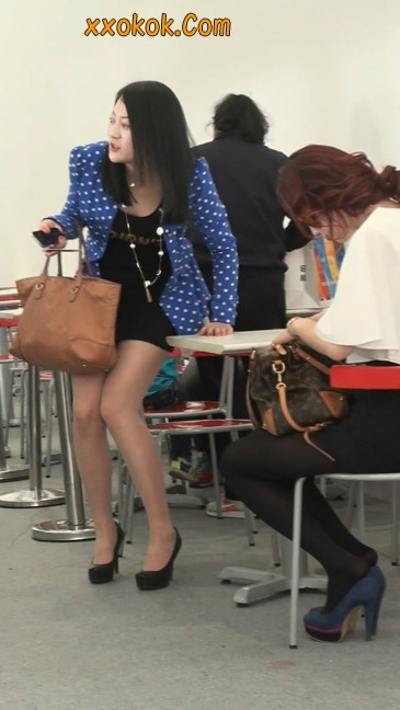 短裙长腿性感肉丝袜少妇3