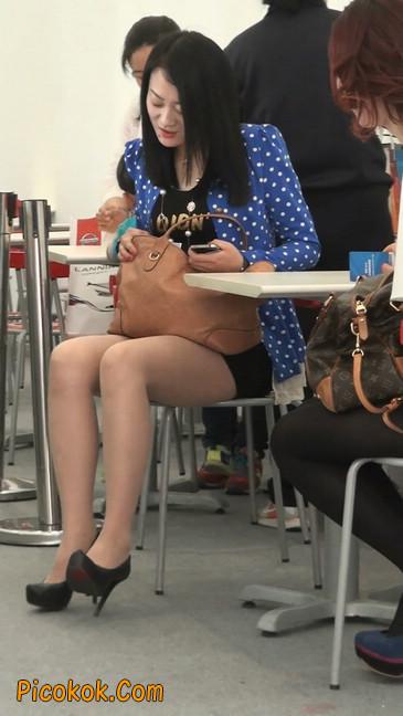 短裙长腿性感肉丝袜少妇12