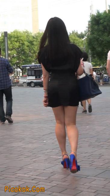 气质超赞的短裙工作装美女少妇8