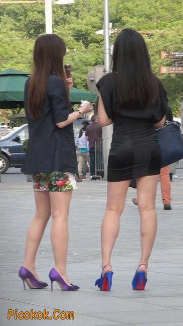 气质超赞的短裙工作装美女少妇10