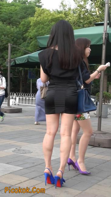 气质超赞的短裙工作装美女少妇21