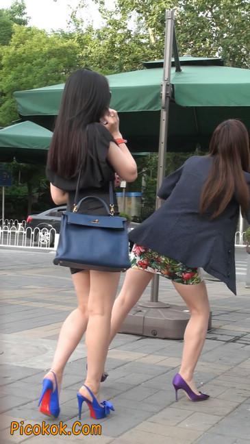 气质超赞的短裙工作装美女少妇23