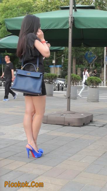 气质超赞的短裙工作装美女少妇26