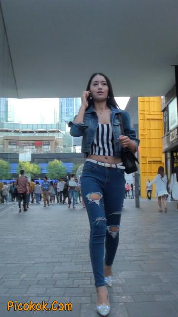 非常漂亮的紧身牛仔裤美女7