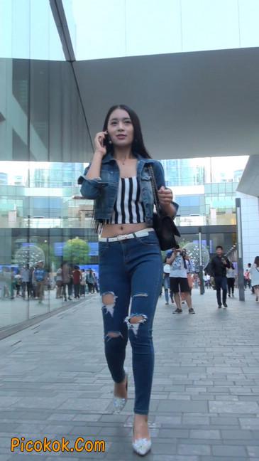 非常漂亮的紧身牛仔裤美女9