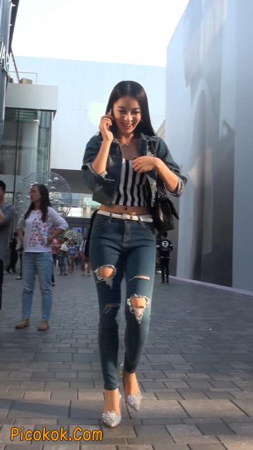 非常漂亮的紧身牛仔裤美女16