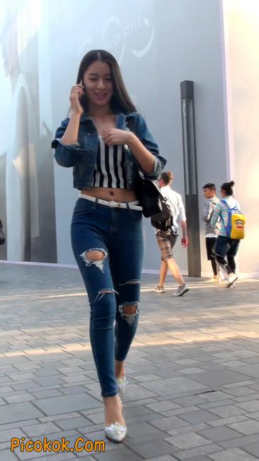 非常漂亮的紧身牛仔裤美女24