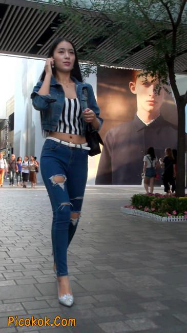 非常漂亮的紧身牛仔裤美女27