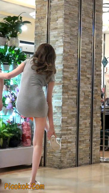街拍极品超短裙气质网红美女11