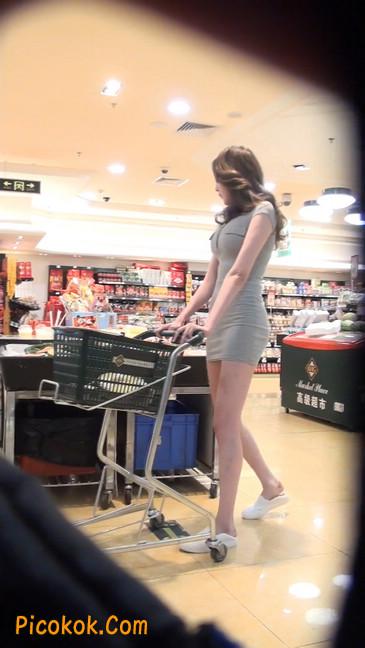 街拍极品超短裙气质网红美女38