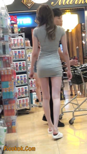 街拍极品超短裙气质网红美女52
