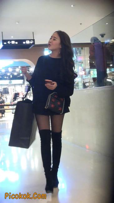 很可爱的短裙黑丝娃娃脸美女11